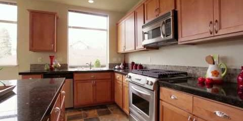 Cinematic Property Video of 200 W Comstock St #201 in Seattle – Michael Ackerman.