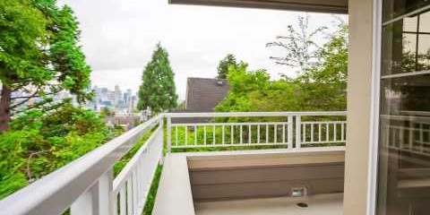 Cinematic Property Video of 1415 6th Ave N #304 from Michael Ackerman.