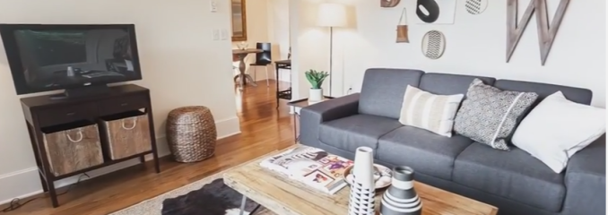 Cinematic Property Video for 317 Lakeside Ave S #2